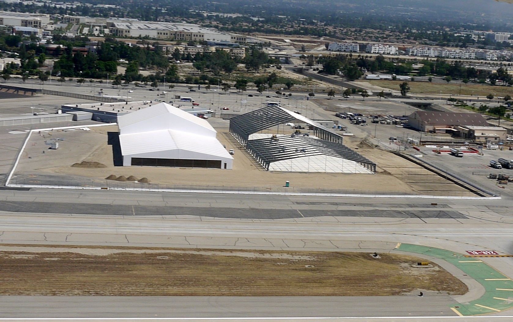 Ontario International Airport, Southwest Airlines & MTA Cargo Structures